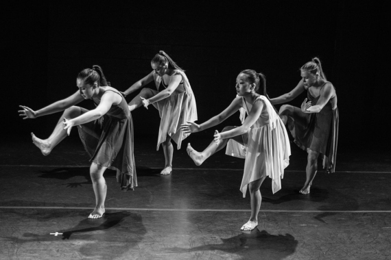 Contemporary Dance Group Female